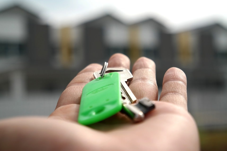 מה חשוב לדעת לפני קניית דירה להשקעה?